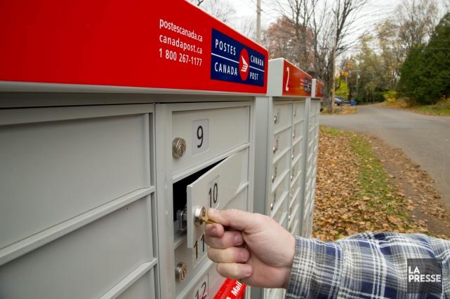 Une opération massive d'entretien préventif des boîtes postales est en cours à... (Archives La Presse)