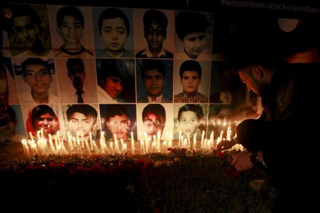 Ces exécutions surviennent à l'approche du premier anniversaire... (PHOTO MOSHIN RAZA, ARCHIVES REUTERS)