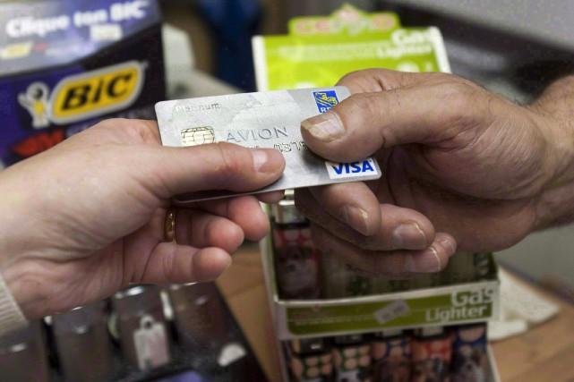 Le total des dettes à la consommation s'est... (PHOTO RYAN REMIORZ, ARCHIVES LA PRESSE CANADIENNE)