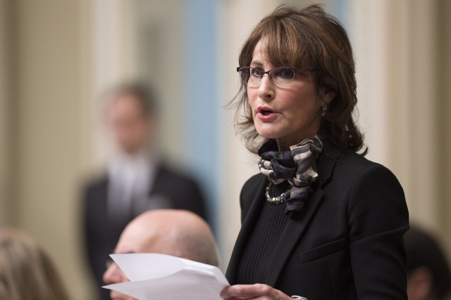 La ministre de l'Immigration, Kathleen Weil... (Photo Jacques Boissinot, La Presse Canadienne)