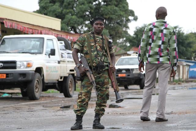 Le Canada suspend les renvois de ressortissants burundais vers leur pays... (PHOTO AP)