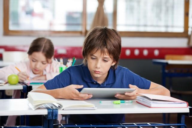 L'école vise à préparer les enfants à être... (123RF/Tyler Olson)