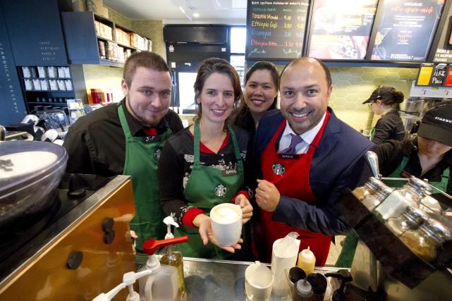 Starbucks compte maintenant son premier café à Sherbrooke.... (Spectre Média, René Marquis)