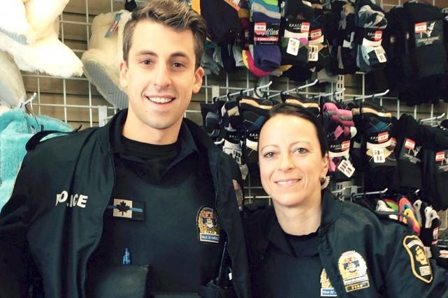 Les policiers David Pelletier et Mélissa Simard espèrent... (Fournie par Mélissa Simard)