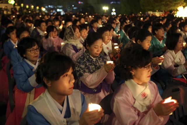 Le clergé en Corée du Sud compte environ... (ARCHIVES REUTERS)