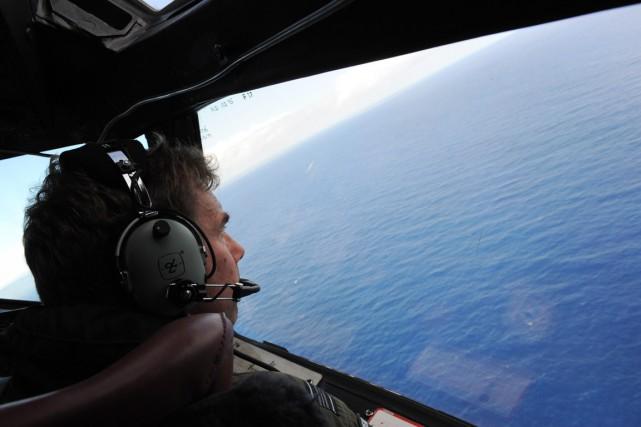 L'avion pourrait se trouver dans un secteur de... (PHOTO GREG WOOD, ARCHIVES AFP)