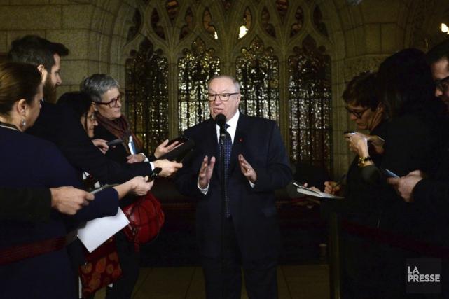 En point de presse jeudi, le sénateur Jacques... (La Presse Canadienne, Sean Kilpatrick)