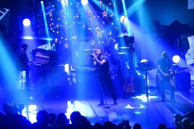 Le chanteur de Coldplay, Chris Martin, a déclaré que son groupe allait tenter... (AFP, Toru Yamanaka)