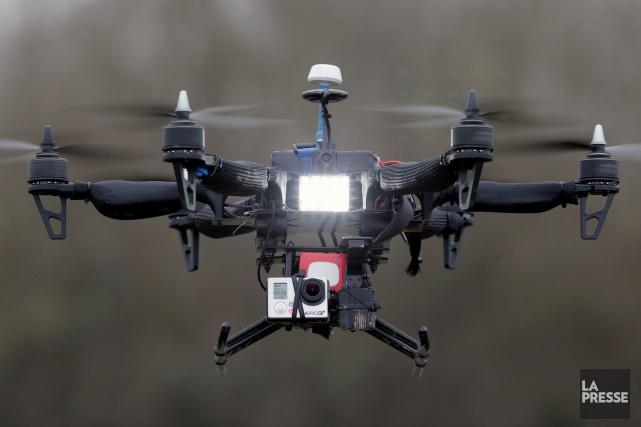Un drone permettrait d'avoir un point de vue... (Archives AP, Francois Mori)