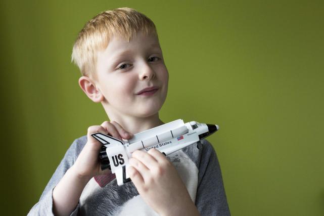 Le petit Oliver Giddings, 5 ans,a demandé àla... (Photo AFP)