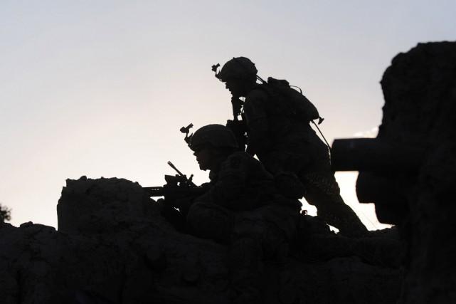 Plus de 40 soldats et policiers ont été... (PHOTO MUNIR UZ ZAMAN, ARCHIVES AFP)