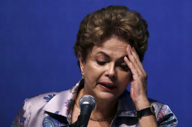 La présidente du Brésil Dilma Rousseffs'exprimait lors d'une... (Photo Ueslei Marcelino, Reuters)