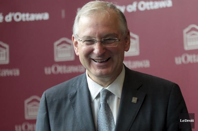 «Le caractère bilingue de l'Université d'Ottawa fait partie... (Etienne Ranger, LeDroit)