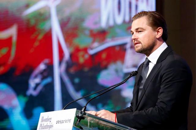 L'acteur Leonardo DiCaprio s'est adressé à des maires... (AP Photo, François Mori)