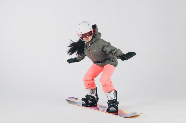Équipement complet de planche à neige.... (PHOTO ULYSSE LEMERISE, COLLABORATION SPÉCIALE)