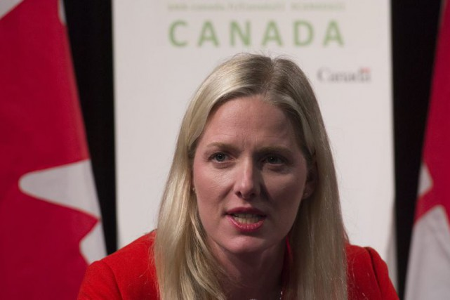 Catherine McKenna sera responsable «d'assister» le ministre français... (Photo La Presse Canadienne)
