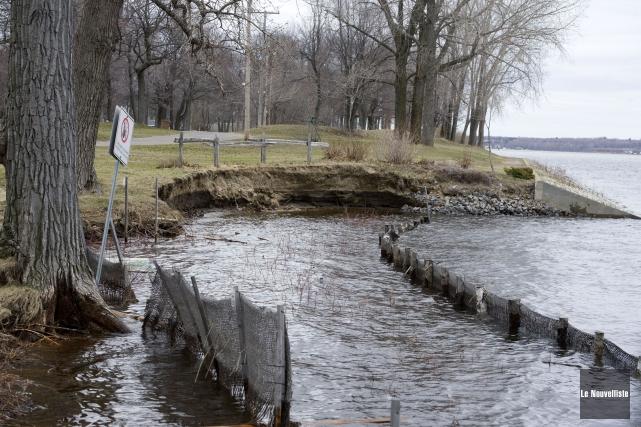 Les changements climatiques frappent déjà les municipalités du... (Stéphane Lessard, Le Nouvelliste)