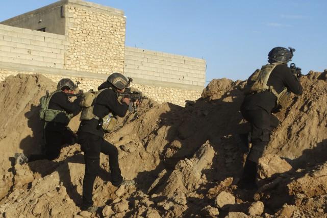 Des forces de sécurité irakiennes à Bagdad.... (Photo AP)
