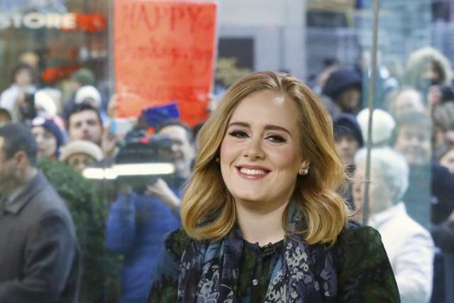 Adele lors de son passage à l'émission matinale... (PHOTO HEIDI GUTMAN, ARCHIVES AP/NBC)