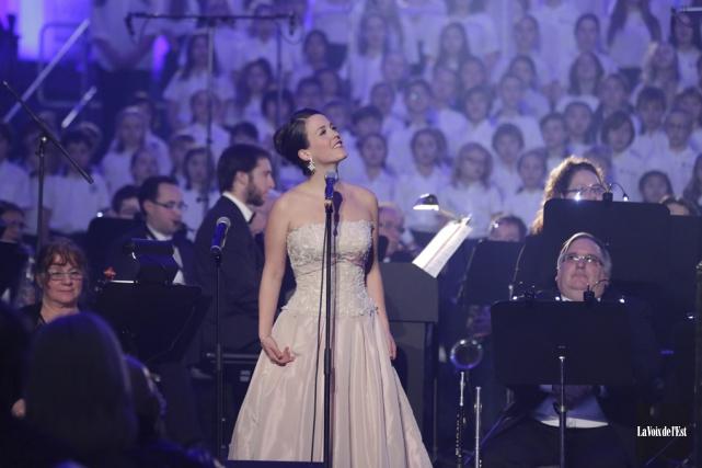 Florie Valiquette est entrée en scène sur la... (Catherine Trudeau, La Voix de l'Est)