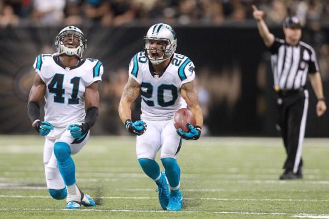 Cam Newton et les Panthers de la Caroline ont démontré un calme olympien dans... (PHOTO REUTERS)