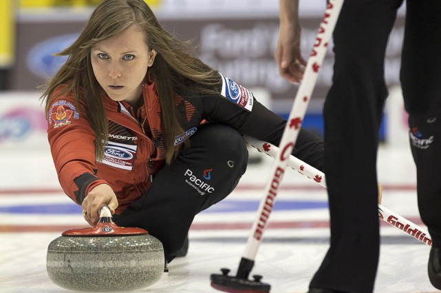 La skip Rachel Homan... (Andrew Vaughan, Archives PC)