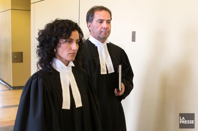 Les procureurs de la Couronne,MeMaria Albanese et MeRené... (PHOTO ROBERT SKINNER, LA PRESSE)