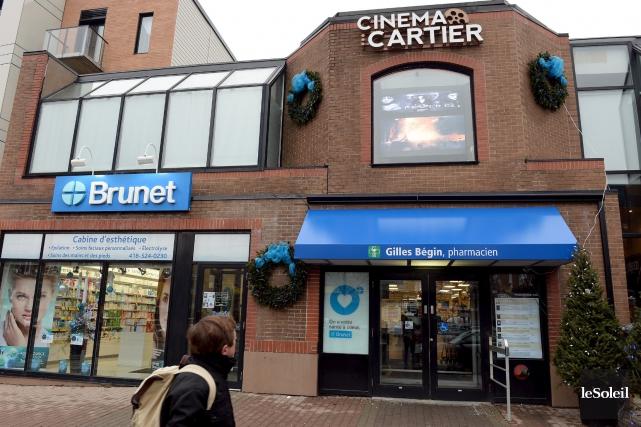 Le cinéma Cartier est une véritable institution à... (Le Soleil, Erick Labbé)