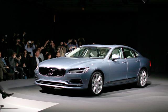 La nouvelle Volvo S90 a été présentée la... (Photo Adam Ihse, AP)