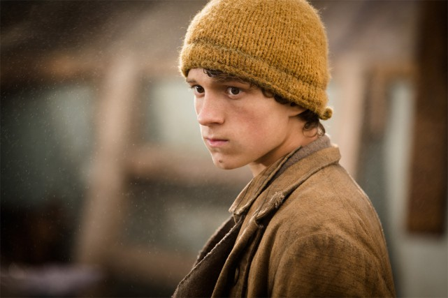 Tom Holland dans une scène d'In the Heart... (PHOTO FOURNIE PAR WARNER BROS.)