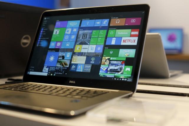 Les ventes mondiales de PC devraient encore reculer en 2016, pour la cinquième... (PHOTO ARCHIVES REUTERS)