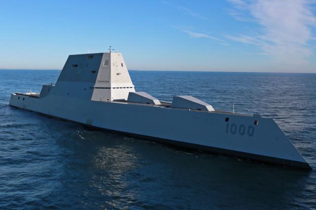 L'USS Zumwaltest équipé d'un système à énergie intégré... (Photo AFP)