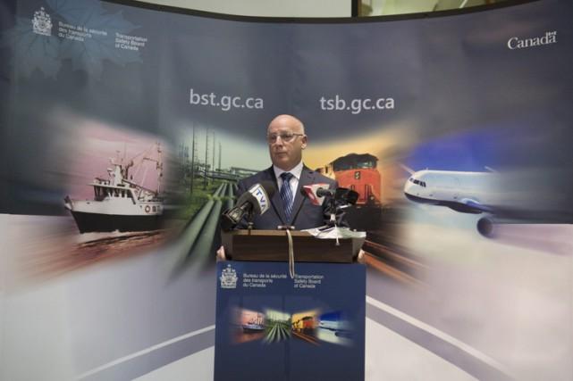 L'enquêteur du BST, Jean-Marc Ledoux, lors d'une conférence... (PHOTO PC)