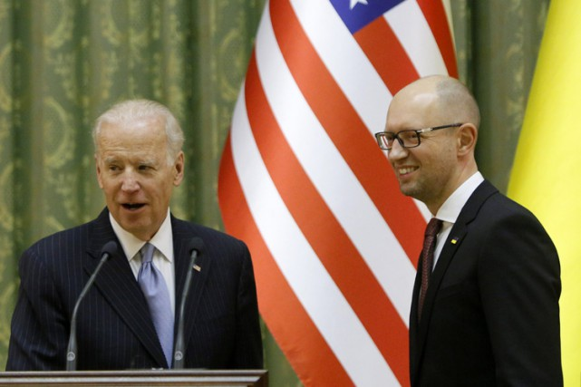 Joe Biden a rencontré lundi à Kiev le... (PHOTO AP)