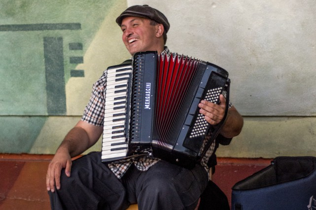 L'accordéoniste trifluvien Steve Normandin a signé les arrangements... (Benjamin Samson)