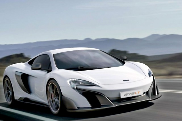 La675LT... (Photo tirée du site Web de McLaren Toronto)