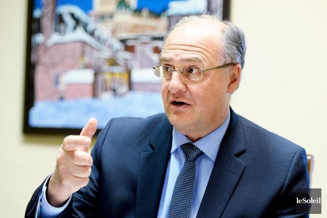 Le chef de l'opposition, Paul Shoiry... (Le Soleil, Erick Labbé)