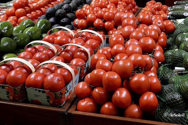 Ce marché de fruits et légumes aménagé dans... (Archives, Le Soleil)