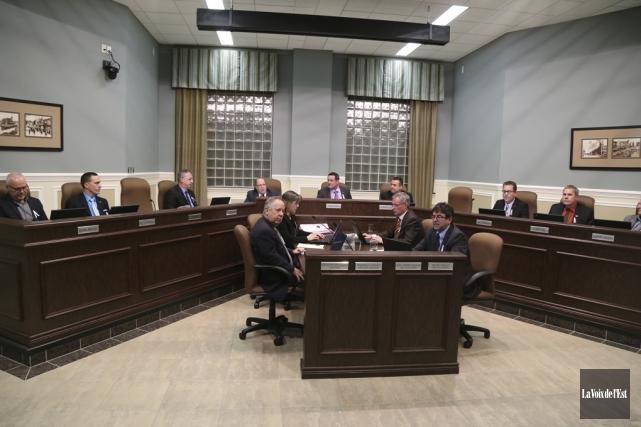 Le conseil municipal a adopté à l'unanimité, lundi... (Janick Marois, La Voix de l'Est)