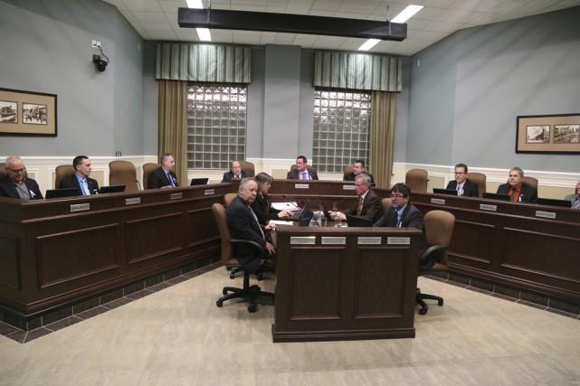 Le conseil municipal a adopté à l'unanimité, lundi... (photo Janick Marois)