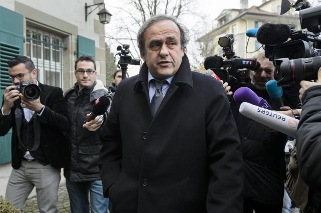 Le président de l'UEFA, Michel Platini, à son... (Photo Fabrice Coffrini, AFP)