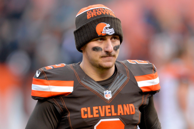 Le quart-arrière Johnny Manziel a multiplié les frasques... (Photo David Richard, archives AP)