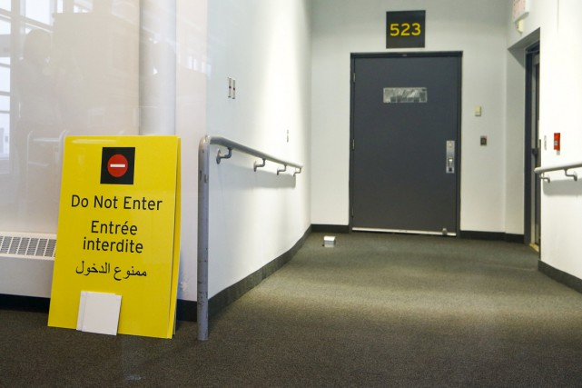 L'une des portes par lesquelles des réfugiés syriens... (Photo Reuters)