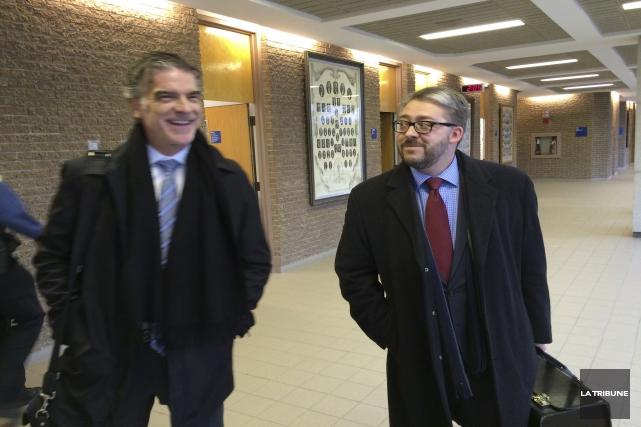 Le syndic Benoit Fontaine et l'avocat de Viandes... (La Tribune, René-Charles Quirion)