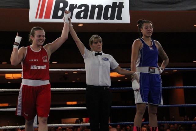 Tamara Thibeault a subi une défaite par décision... (Boxing Canada)