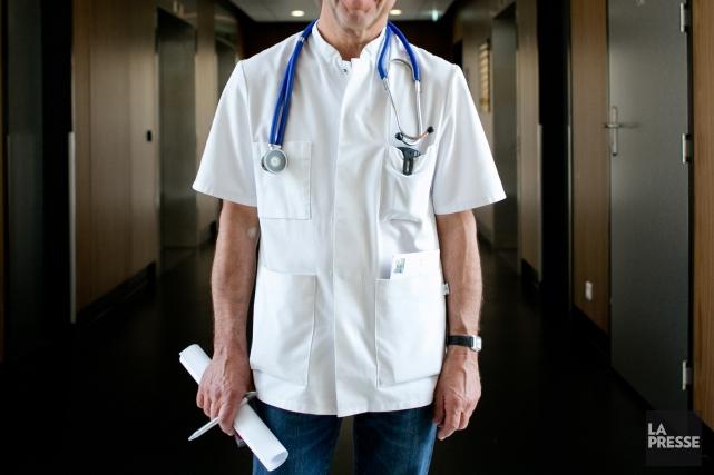 Qui peut obtenir l'aide médicale à mourir? Comment demander cette procédure?... (PHOTO MARCO CAMPANOZZI, LA PRESSE)