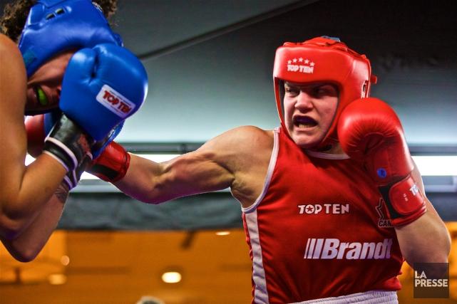 À son premier combat aux qualificationsolympiques canadiennes, Ariane... (Photo André Pichette, archives La Presse)