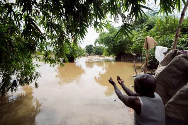 Situé au confluent de la rivière Matete et... (PHOTO JUNIOR KANNAH, AFP)