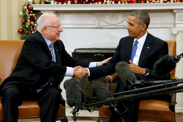 Barack Obama a reçu mercredi le président israélien... (PHOTO REUTERS)