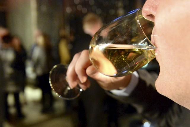Pourquoi le vin local est-il aussi cher que...